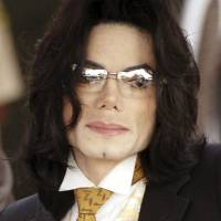 Black or white? Actor Fiennes cast to play singer Michael Jackson