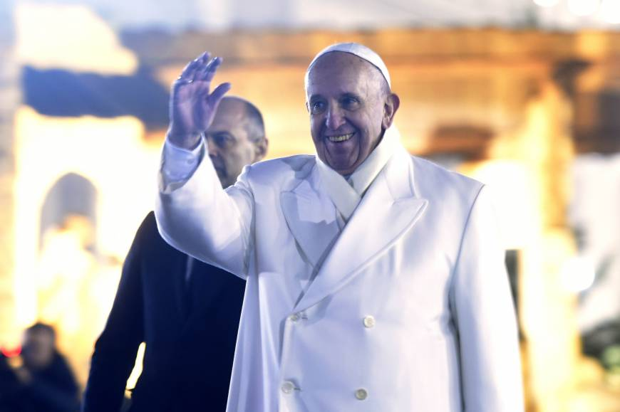 Pope urges media to play up the positive to counterbalance abundant 'arrogance of evil'  coverage