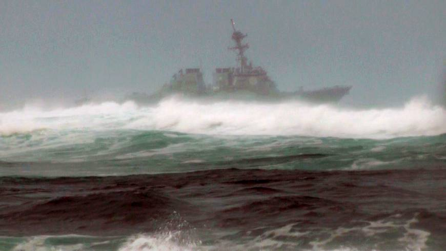 Search off Oahu for 12 Marines missing after copters crash hampered by high surf