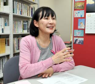 Eriko Suzuki says she hopes discussions on accepting immigrants helps change the poor working conditions of foreign workers in Japan.