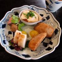 More than just noodles: Even the simplest set meal at Matsubara-an Keyaki opens with a selection of seasonal appetizers, including seafood, vegetables and tofu. | ROBBIE SWINNERTON