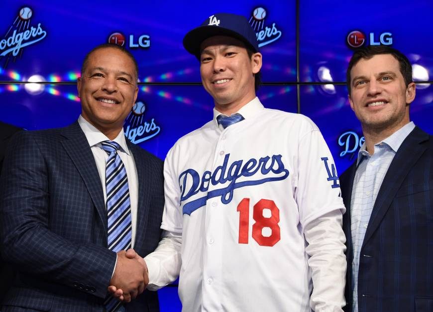 Maeda signs with Dodgers