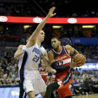 Wizards keep Magic under their spell