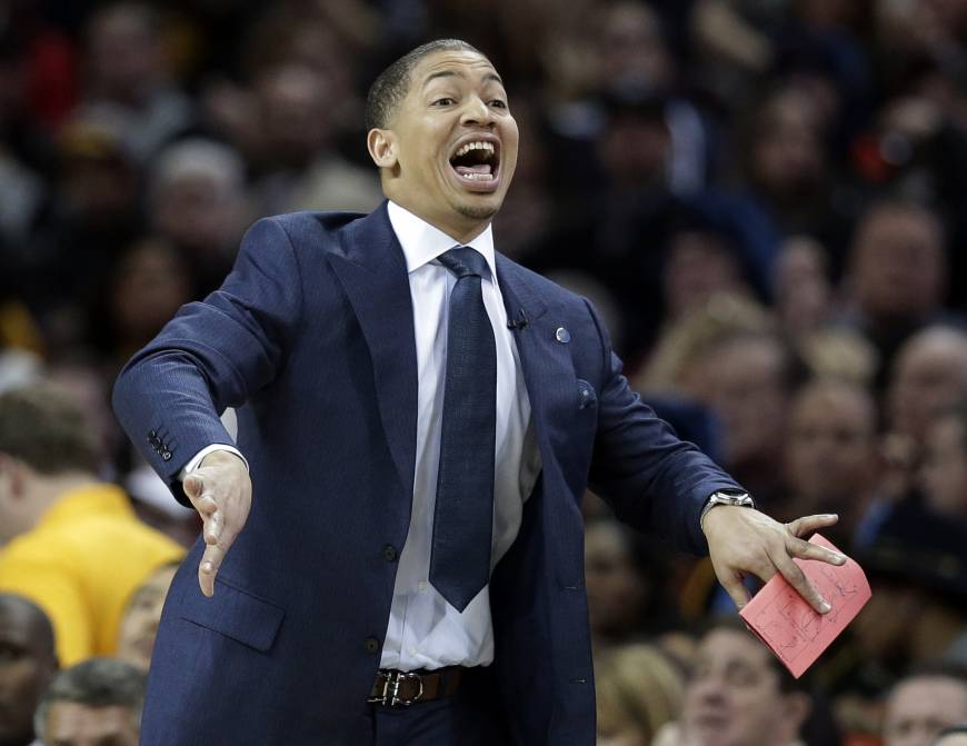 Cavaliers lose in Lue's first game as coach
