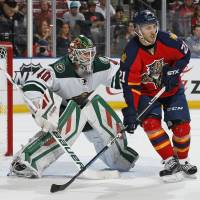 Panthers top Wild to extend streak