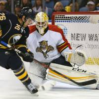 Panthers pick up 10th straight victory