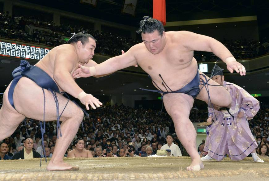 Kisenosato looking to end Japanese title drought at New Year sumo