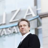 Music director Nott prepares for Tokyo Symphony Orchestra's 70th