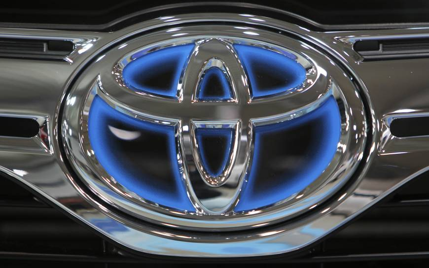Global Toyota SUV recall over seat belt flaw laid to Canada probe over two deaths