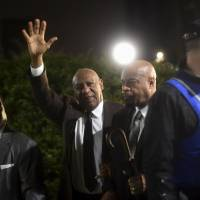 Decade-old unwritten agreement can't shield Cosby from prosecution: D.A.