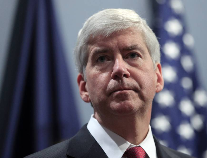 Despite governor's denial, emails indicate Michigan officials knew of Flint water perils