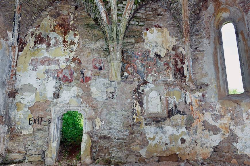 Rare copy of Giotto fresco discovered in ruins of Transylvanian church