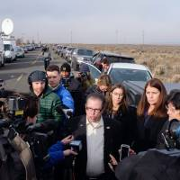 Las Vegas Assemblyman John Moore answers questions for the media Thursday morning near the Malheur Wildlife Refuge Headquarters near Burns, Oregon. Several different state legislators came together for the final day of a 41-day occupation of the federal wildlife refuge that concluded with the arrest of a final four occupants. | AFP-JIJI