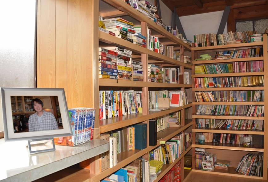 Ishikawa man memorializes son who died in 2011 Christchurch quake with backyard library