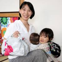 Sapporo women passing on 'furoshiki' wrapping skills to others