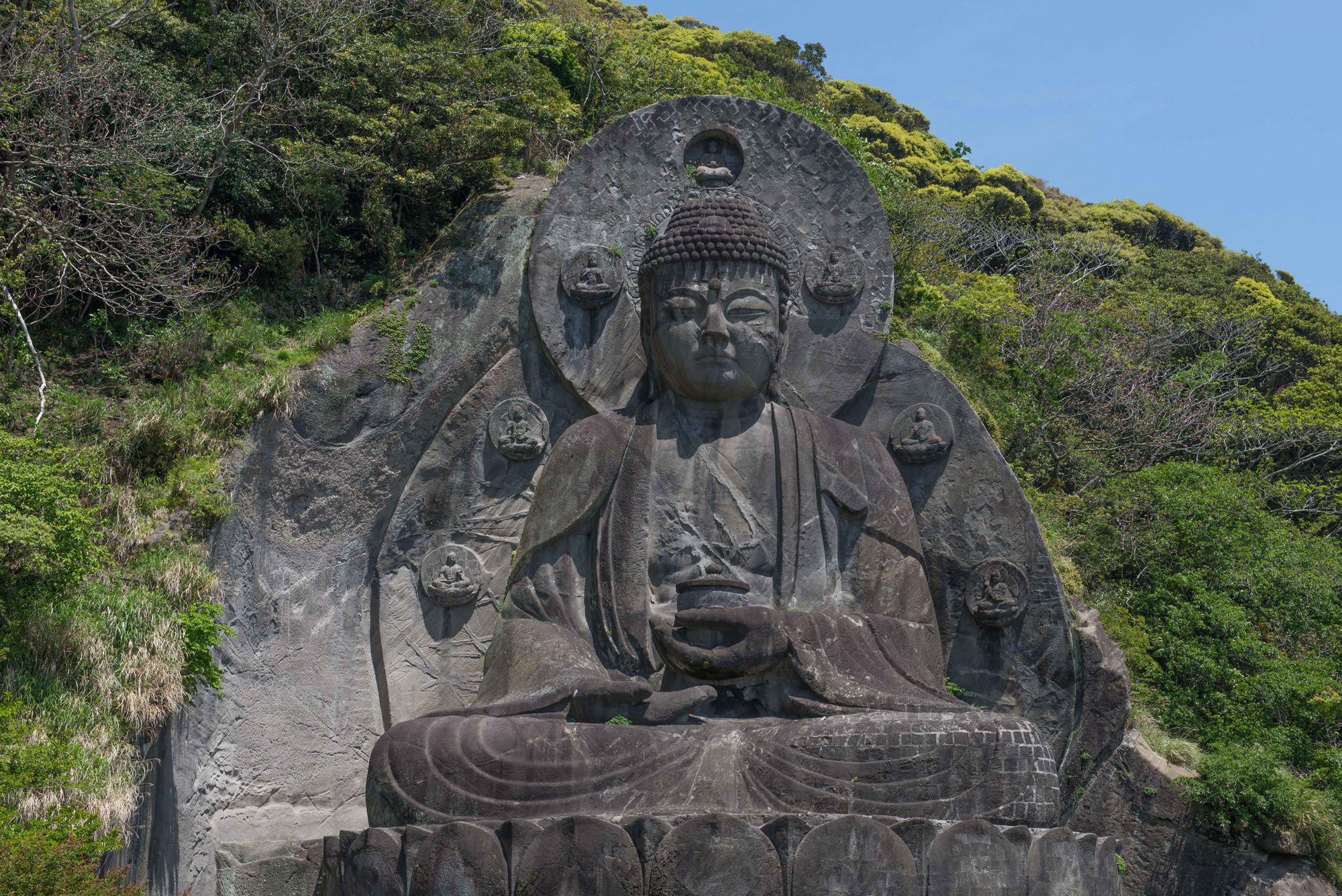 Enlightenment carved in stone: Mount Nokogiri's Great Buddha 
