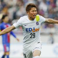 Reigning J. League young player of the year Takuma Asano is targeting more silverware with Sanfrecce Hiroshima. | KYODO