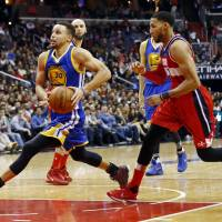 Curry drops 51 on Wizards