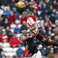 Sunderland's Lamine Kone wins a header above Manchester United's Memphis Depay during Sunderland's 2-1 win on Saturday. | REUTERS