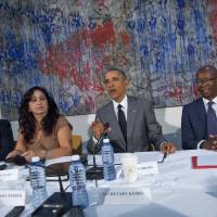 Obama hosts dissidents at Havana mission in what foes call 'token' gesture