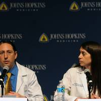 Recipient pair recovering after Hopkins performs first U.S. transplant of HIV-positive organs