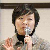 First lady sees no need to extend Abe's term as LDP leader