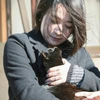 Aichi girl's essay on rampant, cheap killing of stray cats spurs crowd-funded picture book
