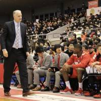 Chiba head coach Zeljko Pavlicevic, seen in a file photo from a game against the Kumamoto Volters last month, was let go by the Jets on Friday. | KAZ NAGATSUKA