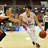 Toyama Grouses star Masashi Joho, who has played for four teams in his career, is the No. 1 Japanese scorer in bj-league history. | YOSHIAKI MIURA