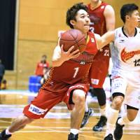 Nara points guard Tatsuya Suzuki is the bj-league leader in assists (6.9 per game). | BAMBITIOUS NARA/BJ-LEAGUE