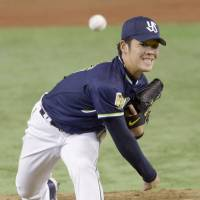Swallows starter Yasuhiro 'Ryan' Ogawa held the Giants to two hits and a run in six innings on Friday. | KYODO