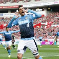 Jubilo Iwata striker Jay Bothroyd celebrates after scoring in his team's 2-1 win over Urawa Reds on Sunday at Saitama Stadium. | KYODO