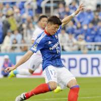 Togashi, Nakamachi carry Marinos past Tosu
