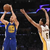 Warriors guard Stephen Curry is a shoo-in to win his second straight MVP award. | USA TODAY / REUTERS