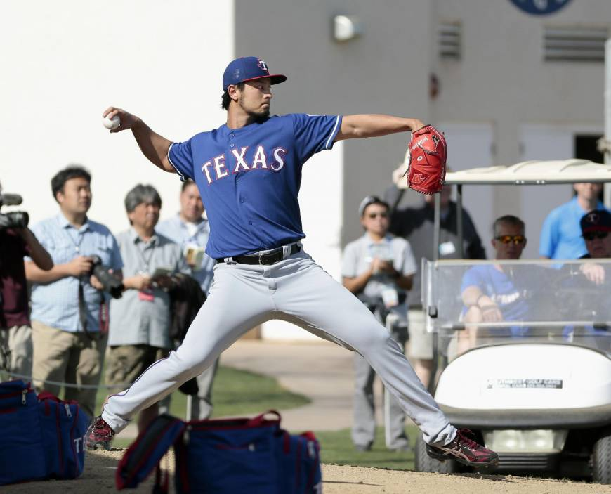 Darvish throws off full mound for first time since surgery