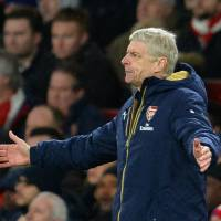 Wenger's future with Arsenal at stake against Spurs