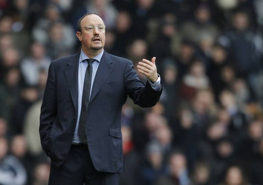 Newcastle hires Benitez