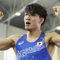 Sosuke Takatani beat Uzbek Rashid Kurbanov 4-2 in the 74-kg class men's freestyle semifinals at the Asian qualifying tournament on Friday in Astana. | KYODO