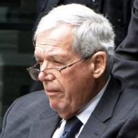 Judge says lawsuit against former U.S. House Speaker Hastert can proceed