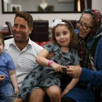 Beirut judge quizzes Aussie mom, TV crew held over bid to snatch her kids from estranged spouse