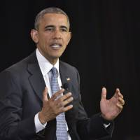 'No political influence' in Clinton email probe, Obama tells Fox News