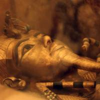 Egypt invites experts to examine evidence of possible secret rooms in Tut's tomb