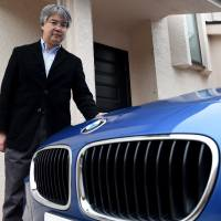 Luxury foreign cars find favor among Japan's rich