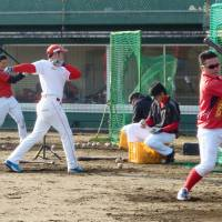 Tohoku baseball team hopes to provide disaster-hit fans with fun diversion