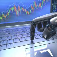 First-time investors urged to turn to inexpensive 'robo-advisers'