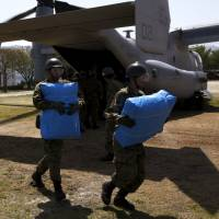 U.S. Ospreys getting positive PR in Japan quake relief role