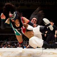 U.S. woman fights for her dream in world of Japanese pro wrestling