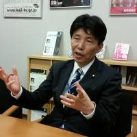 Abe insider wages one-man campaign to challenge foreign media over reporting 'mistakes'