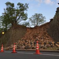 Damage to the outer walls of Kumamoto Castle caused by the quakes.   NOEL VINCENT