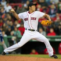 Price turns on style to lead Red Sox past Blue Jays